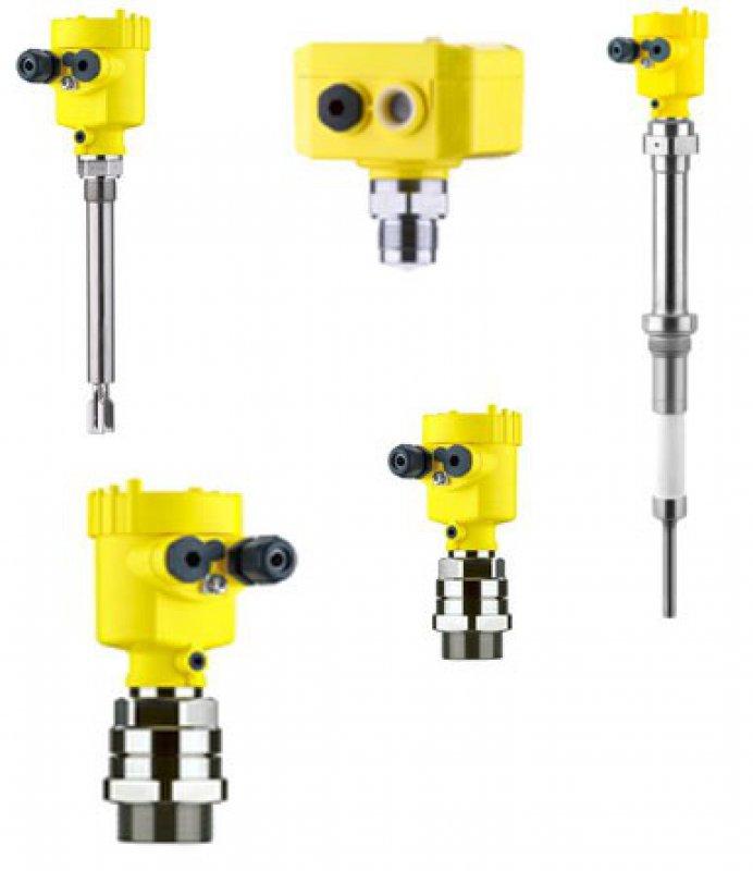 Döküm malzemelerinin sürekli seviye ölçümü için radar sensörü